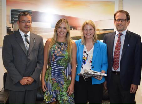 Microsoft convida Celina Leão para inauguração de Centro de Transparência no DF