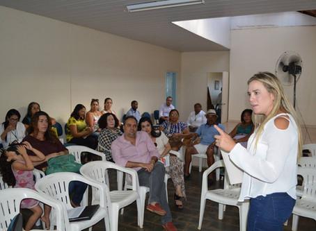 Mulheres de Santa Maria unidas em palestra para discutir empoderamento