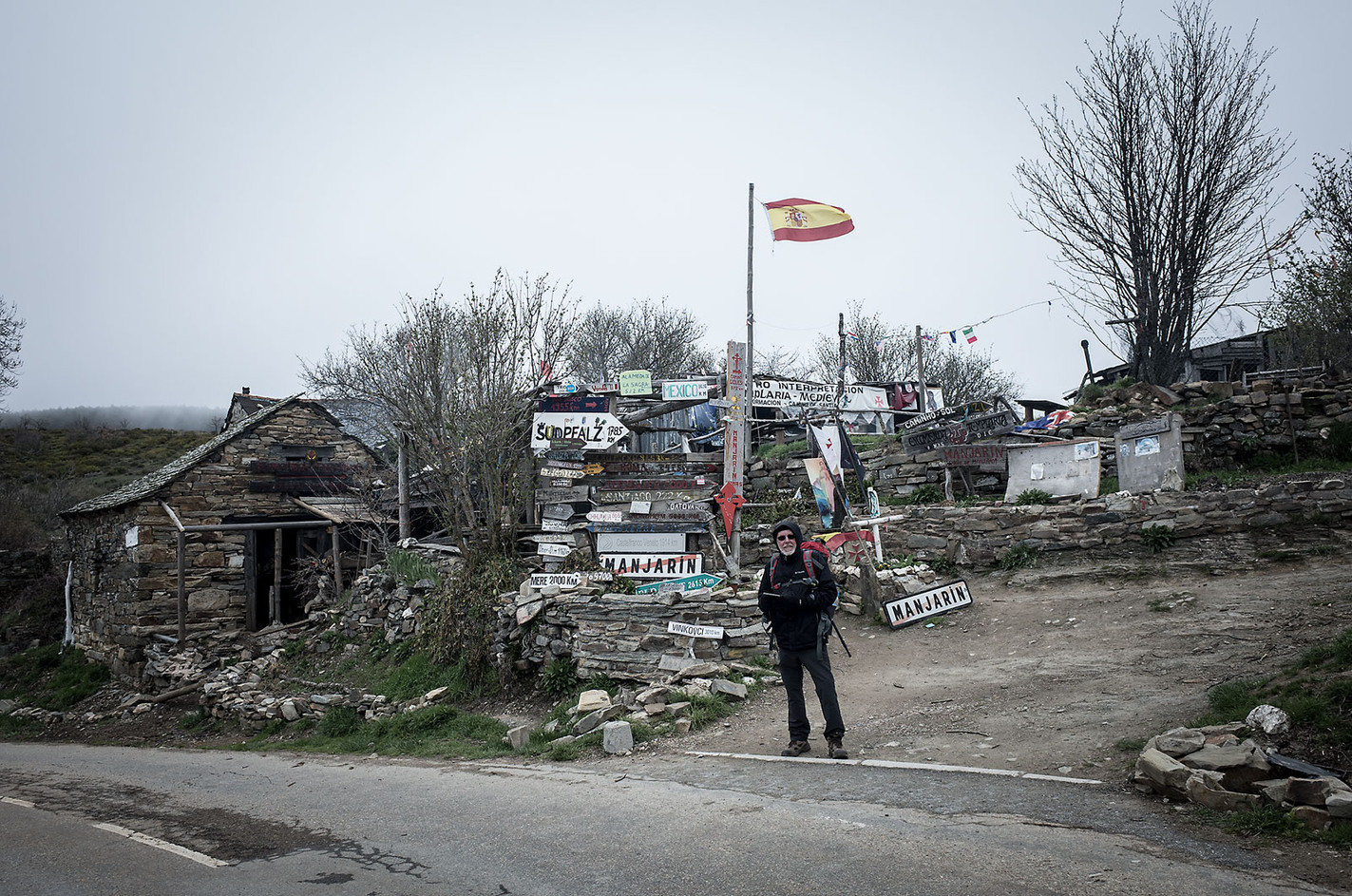 Steve (United Kingdom) enjoys traveling now that he has the time in retirement. He is walking the entire Frances route before meeting his wife in Santiago de Compostela to travel a few weeks together in Portugal.