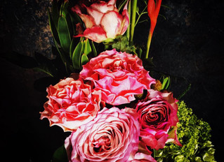 くすんだ色の薔薇