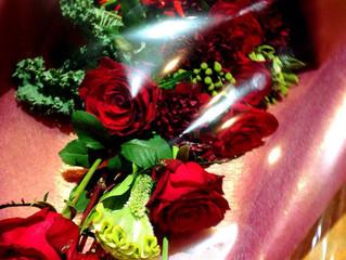 黒赤の花束