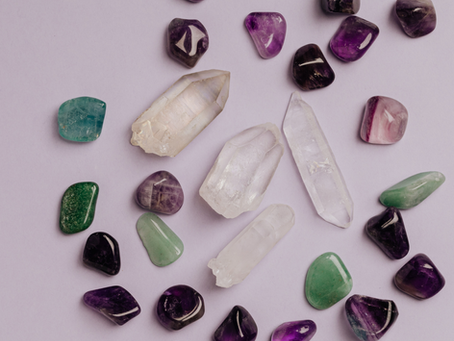 Descubriendo el poder de las gemas y cuarzos