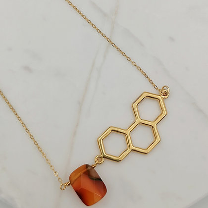 Collar Bee