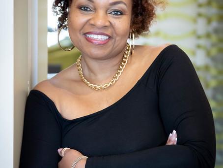 Lift up Author Paulette Harper