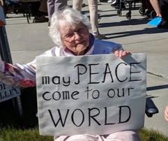 Loyal demonstrator for Peace