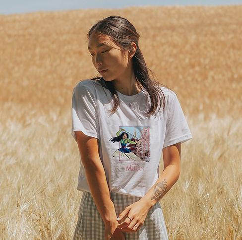 t-shirt branca da mulan para senhora