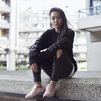 100store.co.uk - Womens Jumpers & Sweatshirts