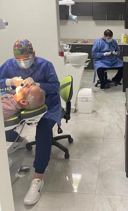 Dental assistant Mariel