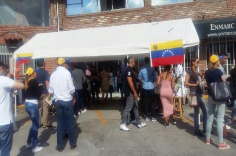 Venezolanos en la CDMX se suman a la consulta popular en contra de la propuesta de Nicolás Maduro