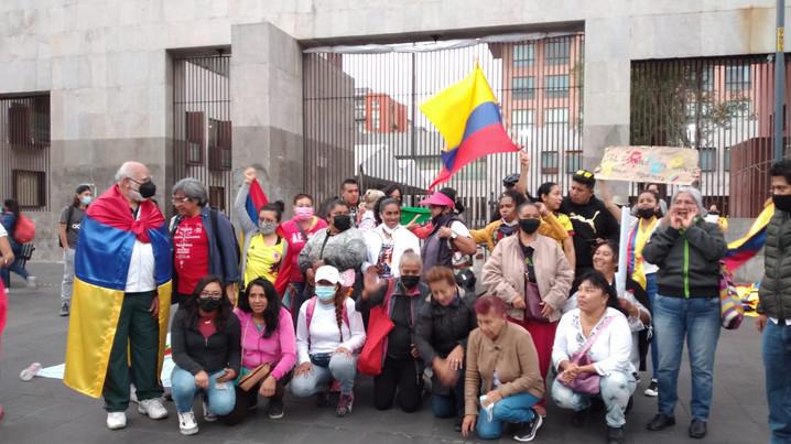 Colectivos colombianos realizaron mitin en solidaridad con el Paro Cívico Nacional en Colombia.