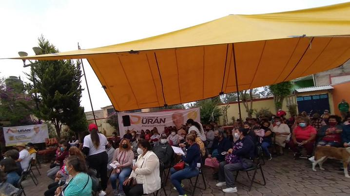 """Alejandro Durán, candidato a alcalde en Tláhuac festejó """"Día  de las madres"""", en San Juan Ixtayopan"""