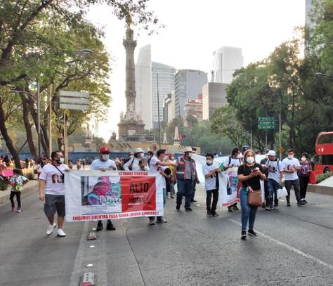 """""""Los Decepcionados de la 4T"""" realizaron Caminata Nocturna x la libertad."""