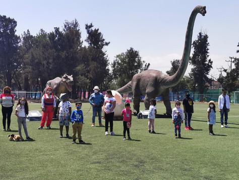 Llegan los Dinosaurios a Iztapalapa.