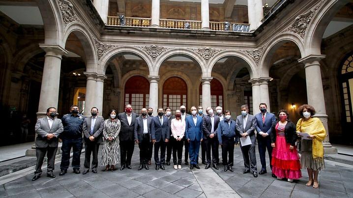 La Jefa de Gobierno solicitó a alcaldes facilitar el proceso de transición.