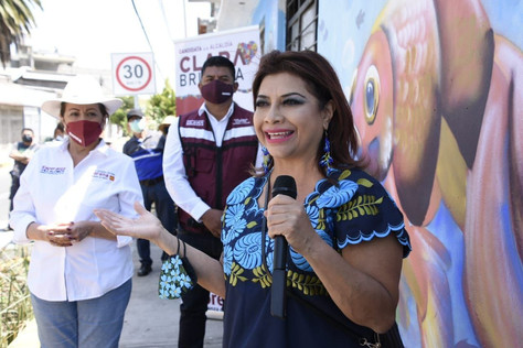 Brugada compromete concluir la mitigación de grietas en Santa María Aztahuacan