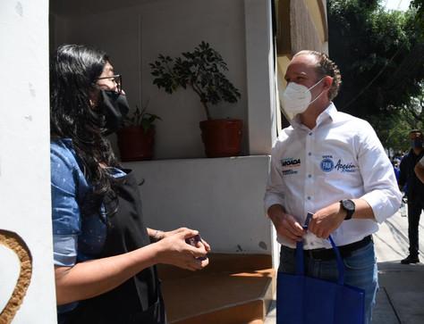 Vecinos de la colonia Álamos respaldan la continuidad de Santiago Taboada en Benito Juárez