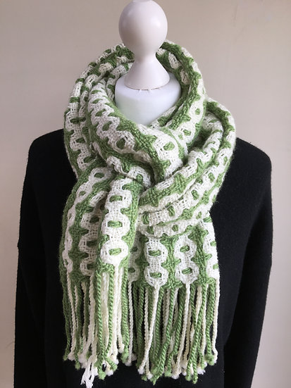 Green and Cream Bubbles Scarf