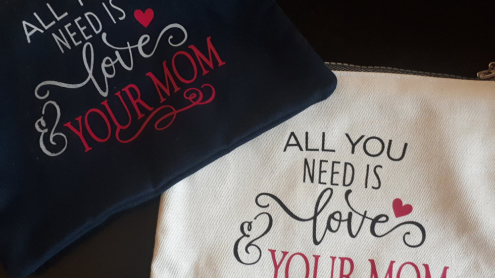 Pochette All you need is love and your mom