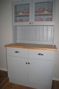 Bespoke shaker style dresser