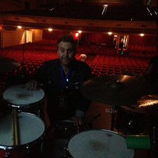 Sound checking my 1965 luddy at the Enmo