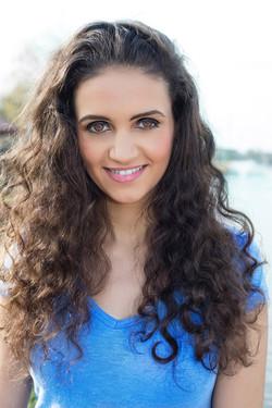 Yasmin Qudah Headshot-1.jpg