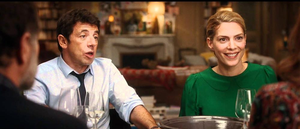le prénom un homme et une femme à table