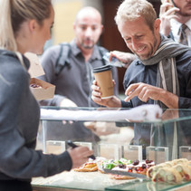 Tactics to attract new customers to your restaurant
