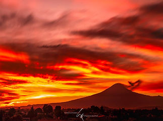 Atardecer_Rojos_Volcán.jpg