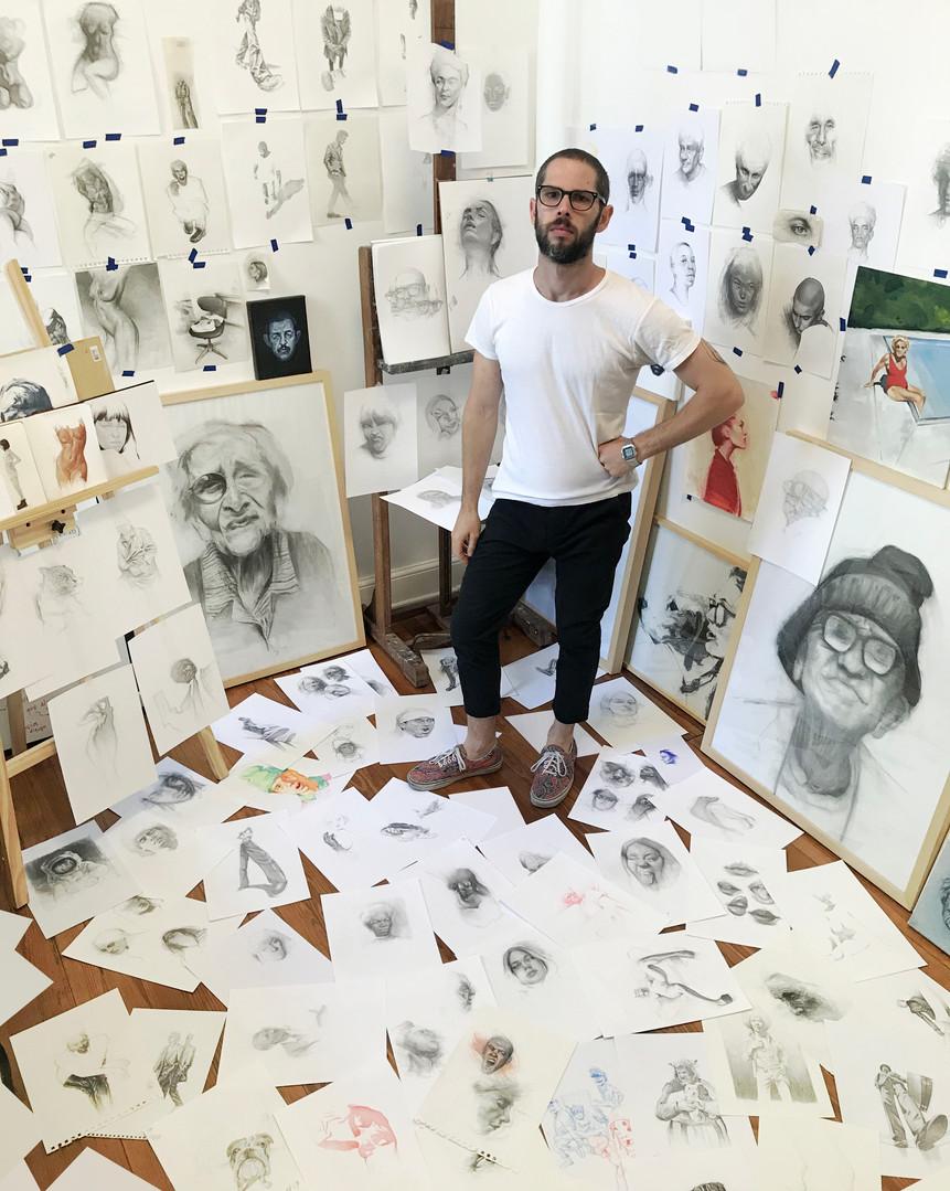 artist at studio juan perednik