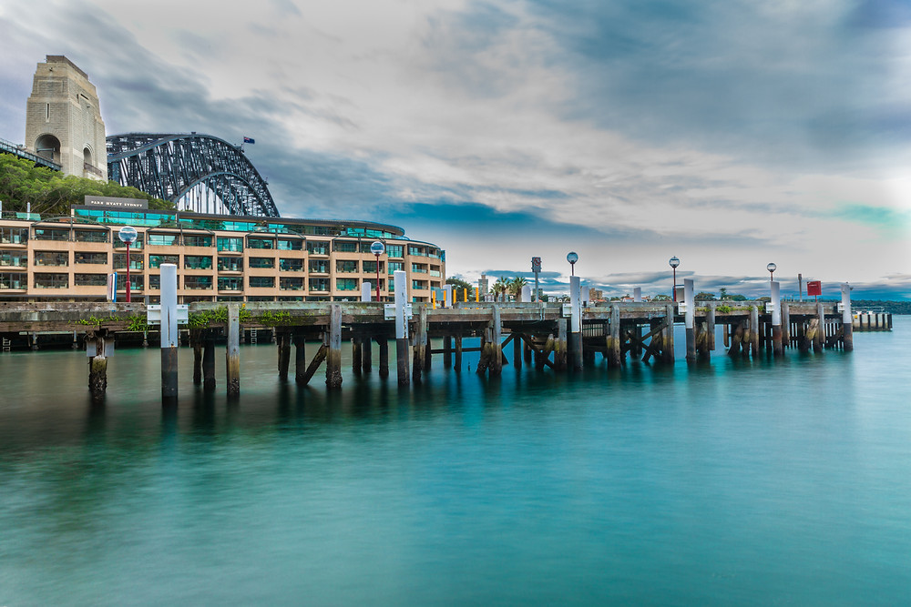 Park Hyatt Sydney with the Sydney harbour Bridge,Shooter 10s, f/22 iso 50
