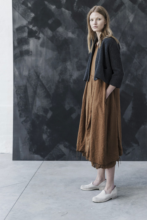 21401 - Cardigan Karine group 14 knit 21335 - Dress Dalila group 8 linen silk