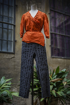 19370 - Shirt Clairette 19328 - Pants Prudence