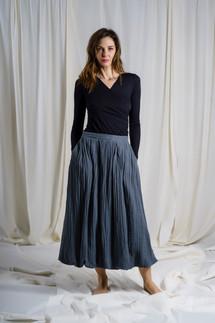 AI9252 - shirt  AI9256 - skirt
