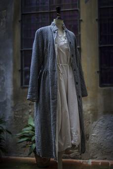 19300 - Coat Camille 19365 - Dress Dahlia