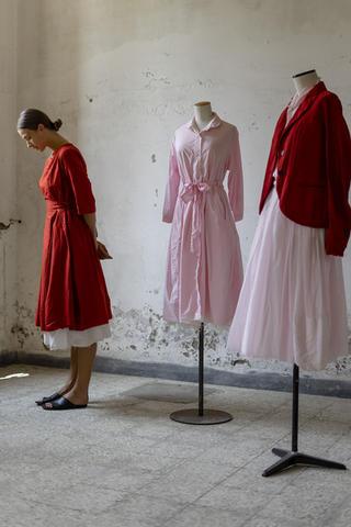21162 - Dress Raniera  21144 - Dress Romilda  21134 - Jacket Viviana 21163 - Shirt Cinzia 21158 - Skirt Jelene