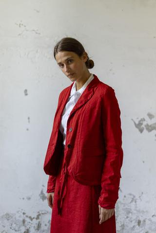 21134 - Jacket Viviana 21157 - Shirt Clelia 21106 - Skirt Janaina