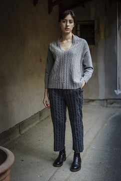 19400 - Pullover Penny 19328 - Pants Prudence