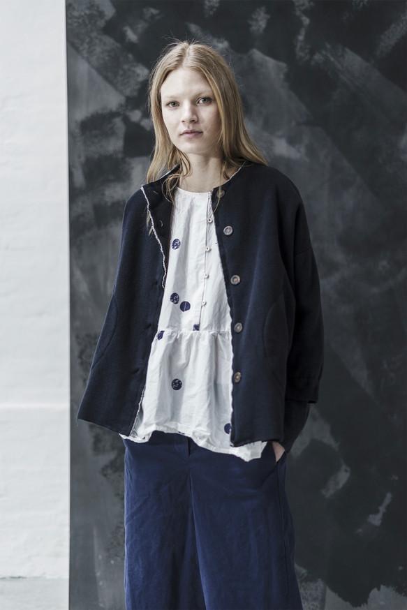 21323 - Jacket Giorgia group 5 cashwool 21350P - Shirt Sarah group 10P printed perca