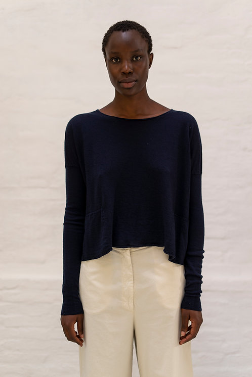ROUNDNECKPULLOVER WITH POCKETS