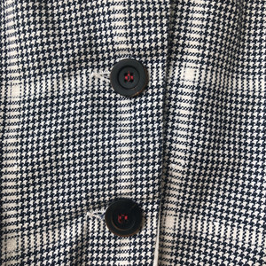 S20100 - Jacket Valentina (detail)  68%CO + 30% LI + 2% PL Price : 609 $
