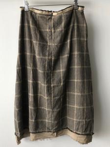 S20103 - Skirt Jacqueline  (back) 68%CO + 30% LI + 2% PL Price : 403 $