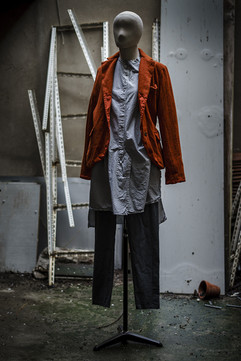 19367 - Shirt Chantal 19303 - Jacket Valtraud 19341 - Pants Priscilla