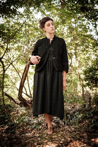 19118 - linen cotton jacket Valentina 19147 - cotton dress Rigoberthe