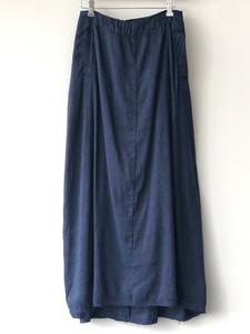 S20119 - Skirt Jeanne 65% LI + 35% SE Price : 413 $