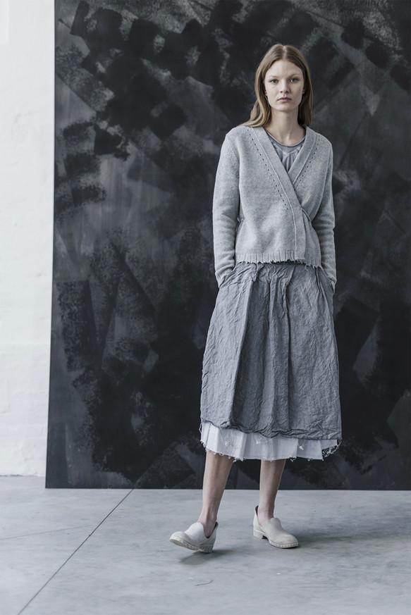 21400 - Cardigan Karen group 14 knit 21310 - Skirt Iana group 2 linen wool