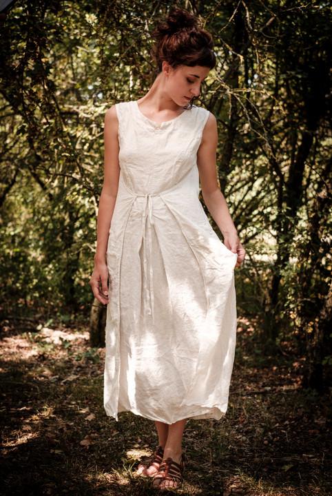 19126 - linen dress Ruth