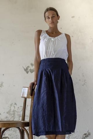 21146 - Shirt Celestina 21122 - Skirt Jessie
