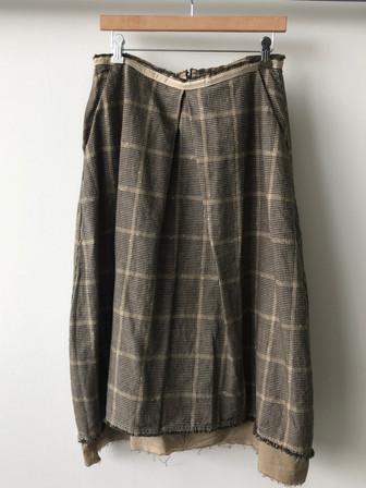 S20103 - Skirt Jacqueline 68%CO + 30% LI + 2% PL Price : 403 $