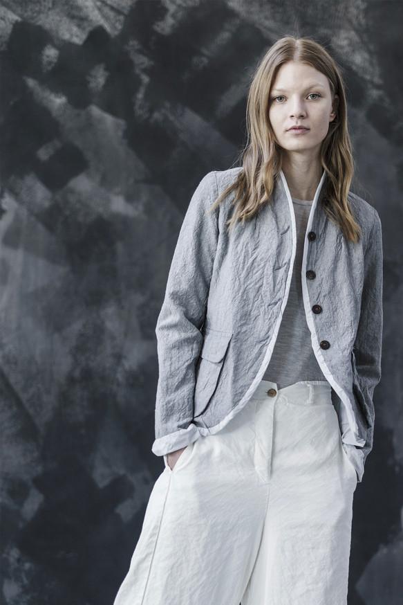 21308 - Jacket Gianna group 2 linen wool 21338 - Pants Tecla group 8 linen silk