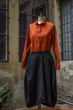 19369 - Shirt Caroline 19339 - Skirt Jocelyne